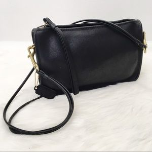 Vintage Coach Black Leather Crossbody Clutch
